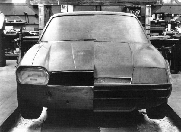 XJ27 clay model showing two different front-end treatments. The left hand one is quite close to that of the production XJ-S.
