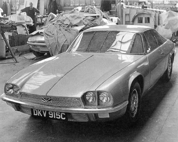 Clay model or running prototype ? The number plate is deceiving! According to one source the first prototype was produced in 1969.