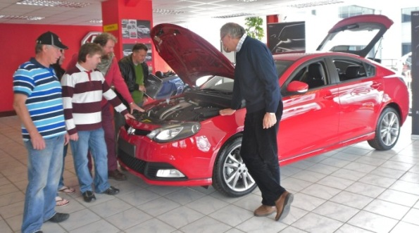Local MG Owners' Club members inspect the MG6 GT TSE at Graham Walker Limited's Chester premises