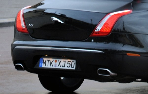 A Jaguar XJ wearing German plates, yesterday...