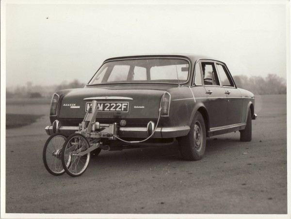 Austin 3 Litre Auto MAM222F Moulton Developments Testing at Keevil c1970-72 GV