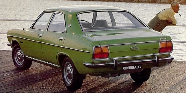 Chrysler Centura
