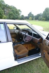 Rover SD1 interior looking great now