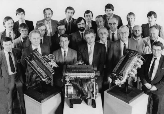 Rover M- and T-Series engines: The M-Series team, led by Roland Bertodo (front row, centre) at its launch in 1986