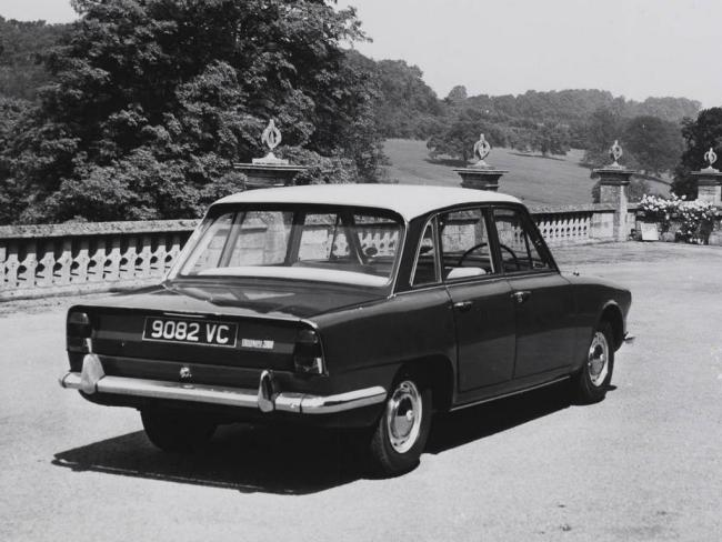 Triumph 2000 at launch
