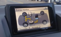 Watching the energy monitor is a geekish pleasure part and parcel of CT200h driving...