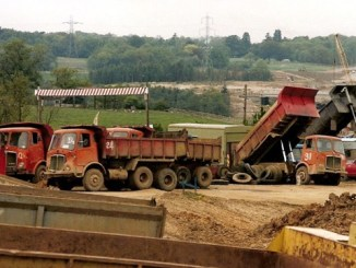 M25 under construction (Photo: The AEC Society contributor 'ekawrecker')