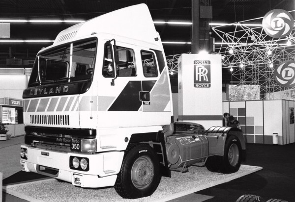 The commercials : Leyland T45 Roadtrain
