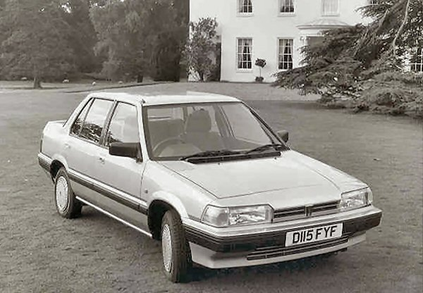 ...and this Rover 213 would be a 'Youngtimer'. until 2017.