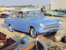ford_cortina_2-door_saloon_7