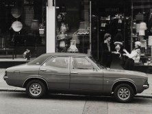 ford_cortina_4-door_saloon_4