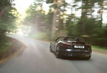 Jaguar F-type_06