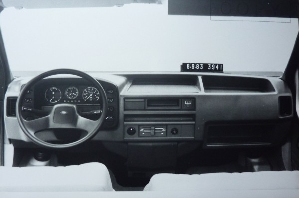 The Commercials 1986 Ford Transit Aronline