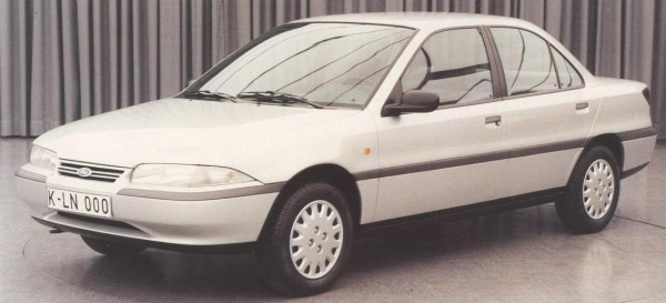Mondeo story (39)