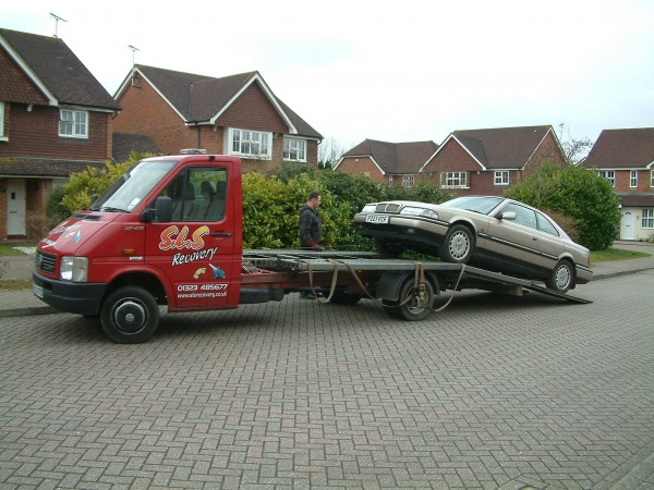 Mike's Rover 800 Coupe arrives on a flatbed. How long will it be before it's up and running?
