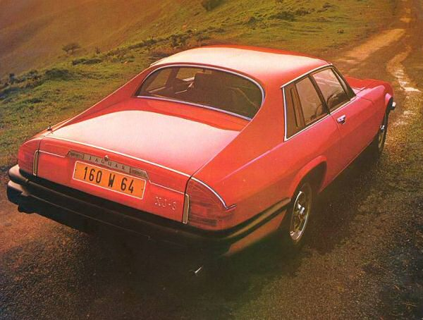 The cars : Jaguar XJ-S development story