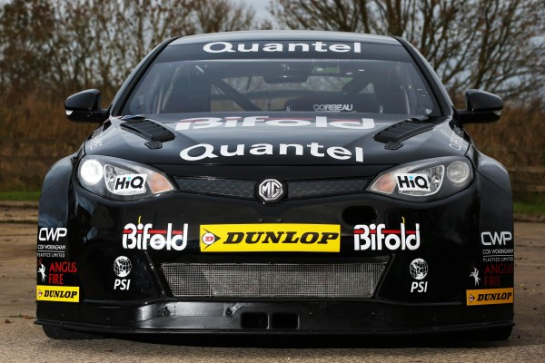 Former_British_F3_champion_returns_to_the_track_in_an_MG6_for_the_2014_BTCC_season_MG_49256