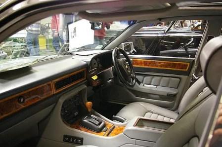 Retrimmed interior of Jaguar XJ 6 Chasseur Bi-Turbo
