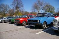 Impromptu DAF meet in the car park.