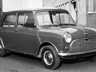 Four-door Mini, picture supplied by Ian Elliott