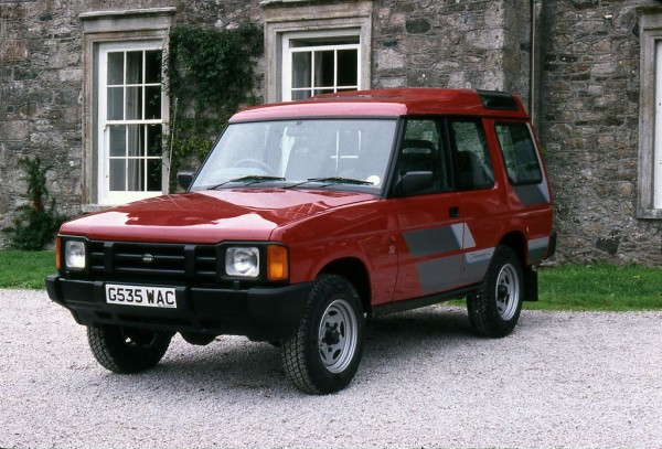One of the earlist G---WAC Discoverys, this one is now in Land Rover's own collection.