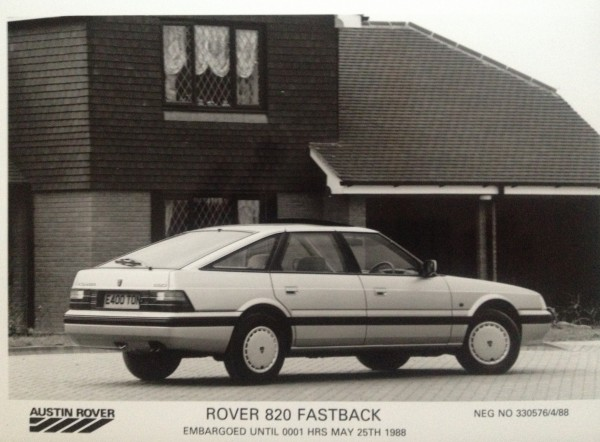Press and brochure images of the 820 always showed the exterior, but we've been through our files and can't find an engine shot anywhere. There's probably a reason for that!