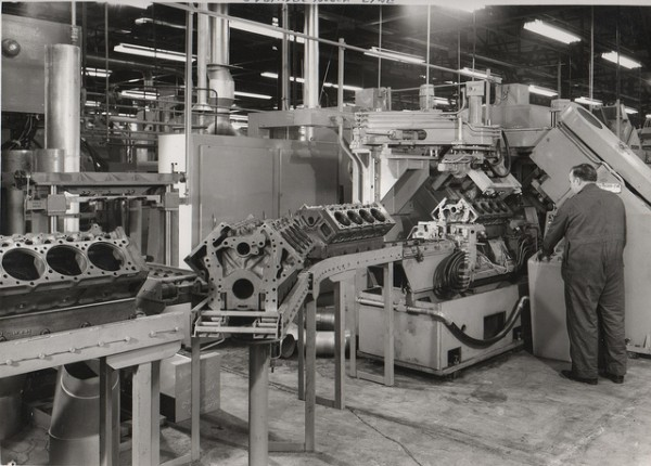 Early Darlington days: Cummins V8/504 blocks on the assembly line circa 1971 - Image: Chuck Rutland
