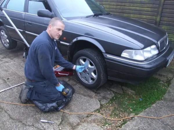 Adrian sets to work, dismantling Craig's Vitesse