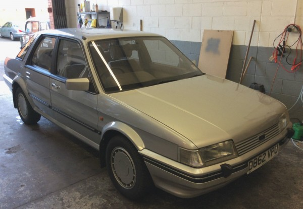 This 1986 1.6HL has covered circa 93,000 miles and features GSi alloys. Asking price is £1000