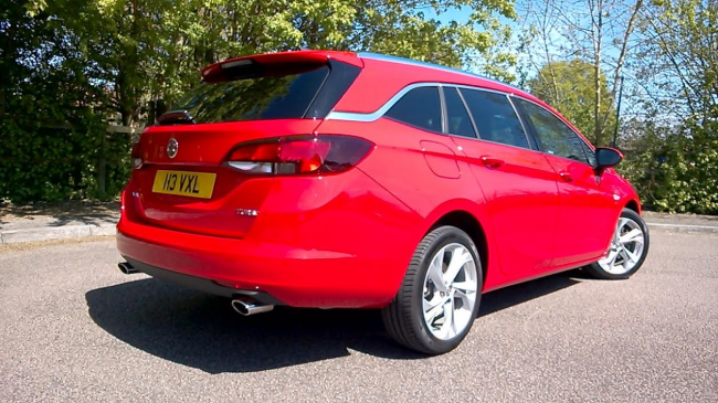 The rear side brightwork and twin tailpipe treatment make the Astra stand out from the crowd. The power red paint job was virtually flawless too.
