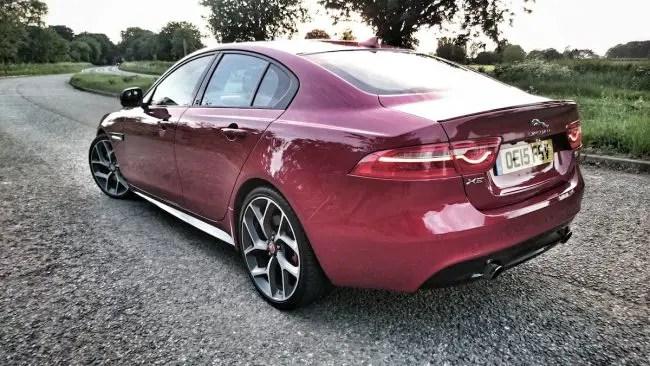 Jaguar XE (2)