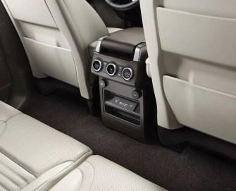 interior_rear_usb