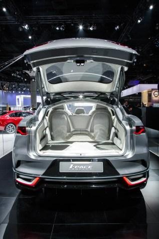 jaguar-i-pace-concept-la_017
