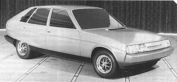 The entry-level Triumph SD2 looked cleaner than the higher models on account of its six-light window set-up. In some ways preferable to the light version shown at the top of the page, with louvres covering the rear-most side windows. According to Spen King and Malcolm Harbour, the Pininfarina proposal for the SD2 was an infinitely preferable design, but it was rejected in favour of the in-house design (Picture supplied by Ian Nicholls)