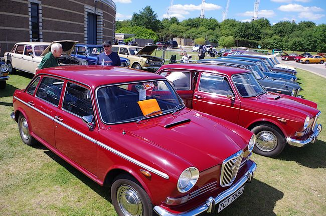 Leyland Princess, Rover 800 And Maxi Ownersu0027 Clubs Also Had Good Turnouts,  As Did The Landcrab Ownersu0027 Club International, Who Held Their National  Rally ...