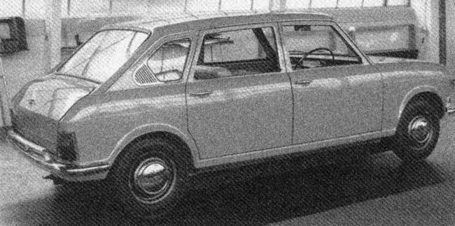 Full-engineered Austin Maxi ADO14 prototype from 1966.