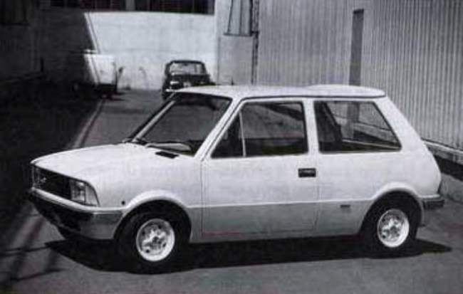 Bertone's proposed Mini 750 was styled by Marcello Gandini.