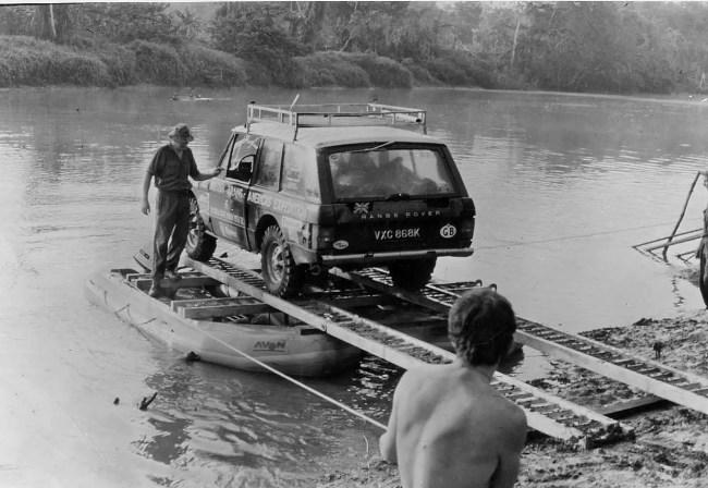 Range Rover in Darien Gap on Trans Americas Expedition 1972 R-11161-18