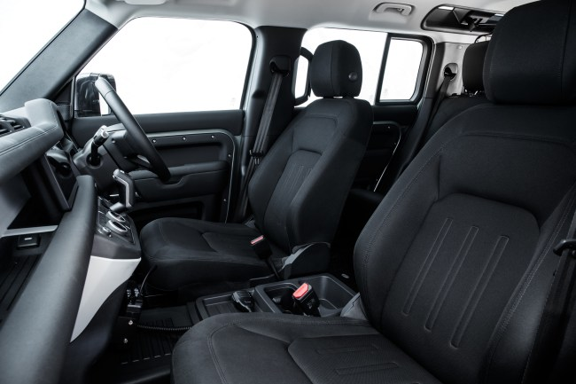 Land Rover Defender (2020) interior