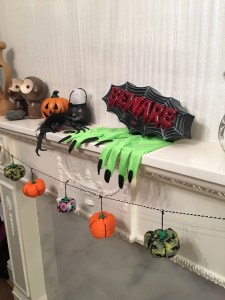 halloween pumpkins garland finish