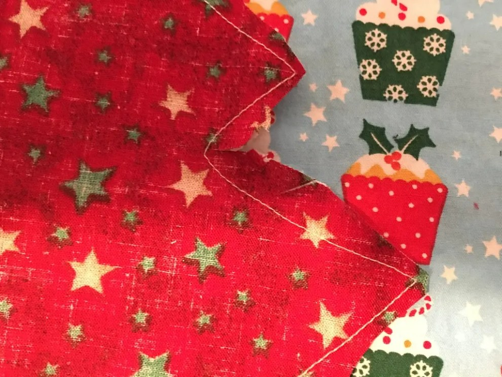 Padded Fabric Christmas Trees - clip inner curves