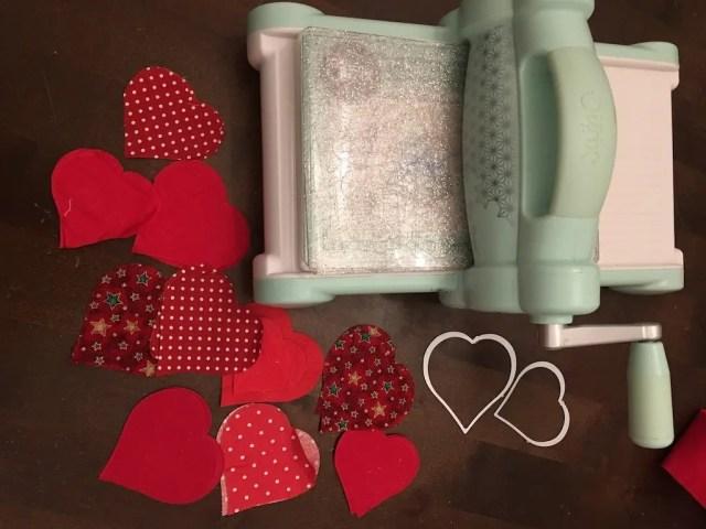 Padded Heart Valentine Garland - sizzix machine