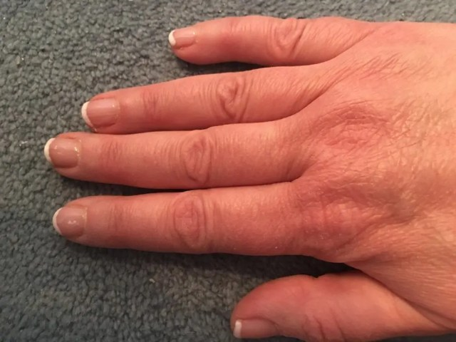 Doing My Own Shellac Manicure - finished