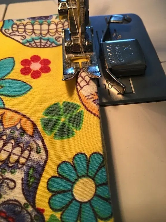Sewing 5mm seam around pad edge