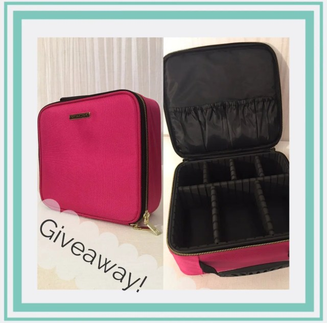 Make up case giveaway