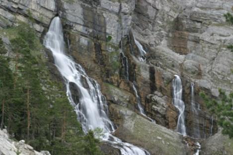 Die Kuhfluchtwasserfälle und der Walderlebnispfad bei Garmisch