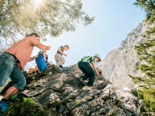 Klettersteigset Leihen München : Was bietet der deutsche alpenverein münchen oberland eigentlich