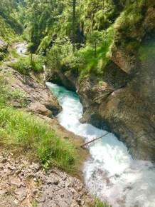 Spektakuläre Wanderung durch die Weißbachschlucht