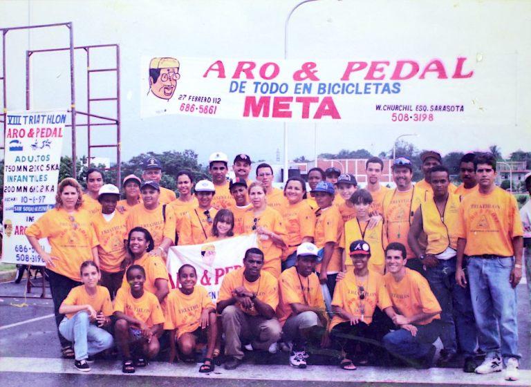 Equipo y jueces triatlon Aro Pedal