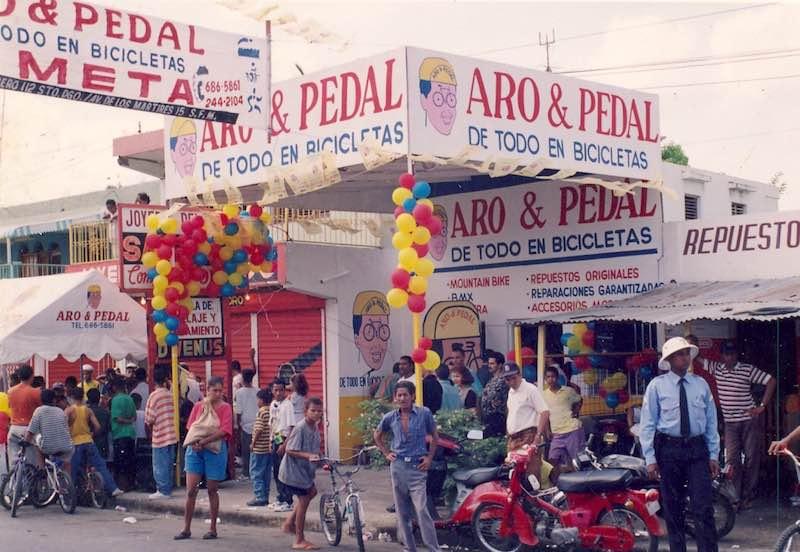 Tienda Aro y Pedal 27 de febrero en el 1993